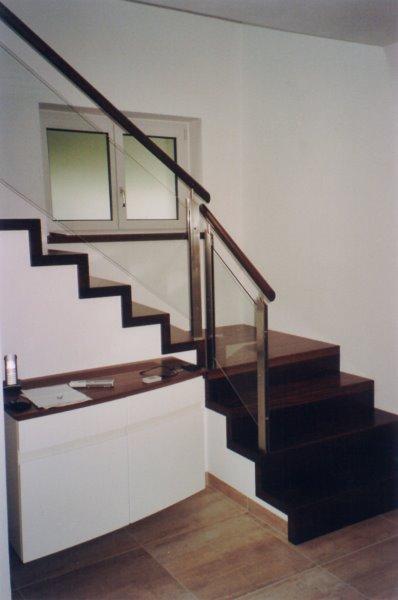 absturzsicherung treppe glaserei wenzel mnchen treppen. Black Bedroom Furniture Sets. Home Design Ideas